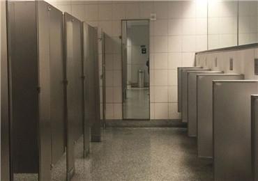公共铝蜂板卫生间隔断